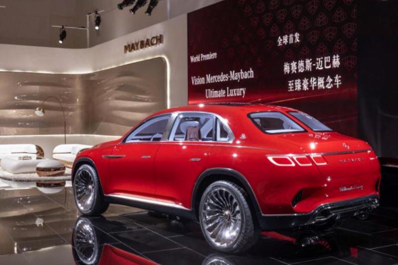 nuova-mercedes-maybach-ultimate-luxury-concept-lato
