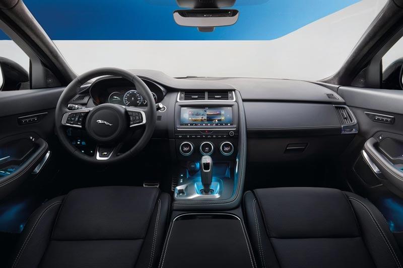 nuova-jaguar-e-pace-interni-2